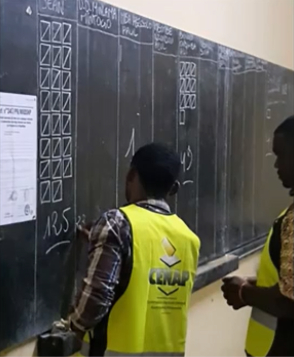 Bureau de vote_P4